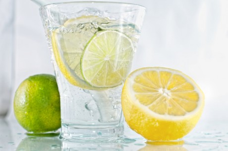 WEDNESDAY WEIGHT BLOG SERIES: Glass of water with lemon and lime