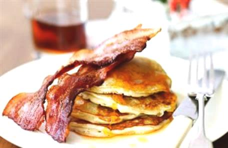WEDNESDAY WEIGHT LOSS BLOG: Insulin resistance diet - Low carb psyllium pancakes with bacon and maple syrup