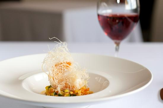 LUSCIOUS WINING AND DINING: Appellation Restaurant at the Louise Hotel in South Australia