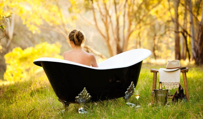 Bush bath at the Kingston Homestead - luxury activities in South Australia