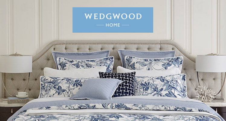 Wedgwood Living Hibiscus blue and white bed linen set