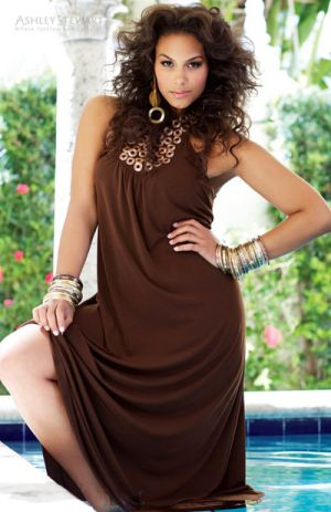 Beautiful plus-size fashion - Marquita Pring.jpg