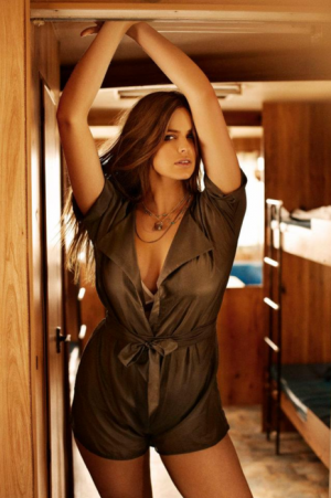 c21-Curvy girls Luscious blog - Robyn Lawley for Damn You Alexis.png