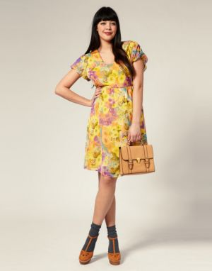 c25-Curvy girls Luscious blog - Naomi Shimada for Asos Curve.jpg
