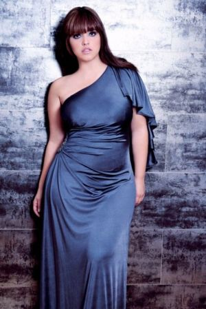 c33-Curvy girls Luscious blog - Denise Bidot evening dress.jpg