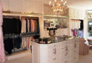 Celebrity closet ideas - Lisa-Vanderpumps-closet-in Beverly Hills.jpg