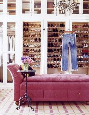 Dressing room ideas - pink-chaise_dressing-room.jpg