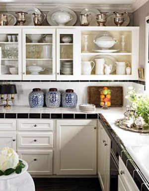 Ginger jar photos - chinoiserie ginger jars in kitchen.jpg