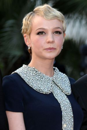 Vintage fashion - Carey-Mulligan-Short-Wavy-Cut.jpg