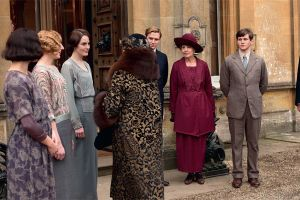 elle-downton-abbey.jpg