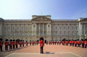 wedding coverage - kate and williams - 2011 wedding - buckingham_palace_london.jpg