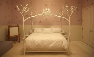 Gwyneth Paltrow - New York home- Apples bedroom - design by Roman and Williams.jpg