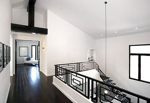 Stylish home black and white interiors Black and white homes