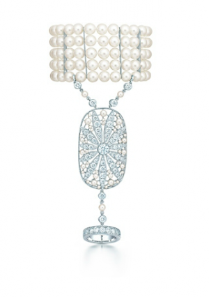 The Great Gatsby Collection daisy hand ornament with diamonds and pearls - The Great Gatsby collection.PNG