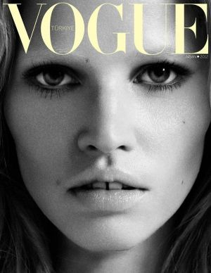 Lara-Stone-for-Vogue-Turkey-April-2012-Cover-1.jpg