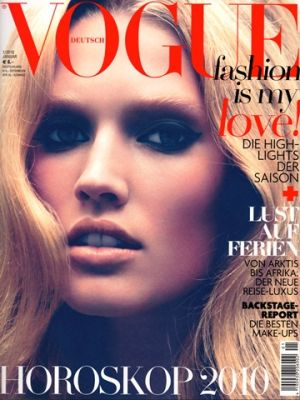 Vogue magazine covers - mylusciouslife.com - Vogue Germany January 2010.jpg