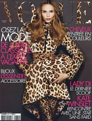 Vogue Paris September 2007.jpg