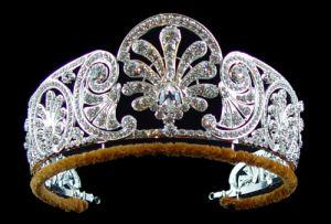 Queen-Mary-honeysuckle-diamond-tiara.jpg