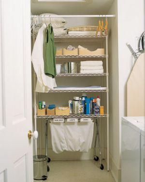 Laundry rooms and mudrooms - mylusciouslife.com - Martha Stewart home organisation