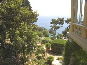 Coco Chanel house in the French Riviera from 1929 to 1953.jpg