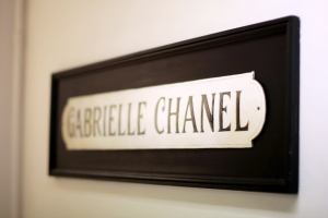 Images - rue cambon 31 - rouge coco - chanel-home.png