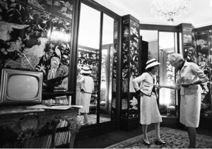 kirkland photos - Inside Coco Chanel apartment in Rue Cambon in Paris.png