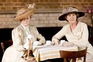Dame Maggie Smith in Downton Abbey - www.myLusciousLife.com.jpg