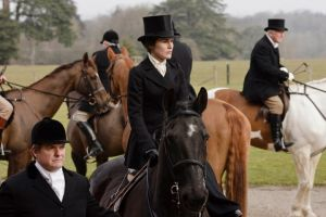 Lady Mary - the hunt at Downton Abbey - www.myLusciousLife.com.jpg