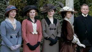 downton abbey - the family wearing hats - www.myLusciousLife.com.JPG