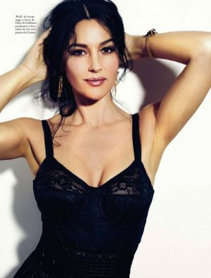 Monica Bellucci Elle Spain May 2013.jpg