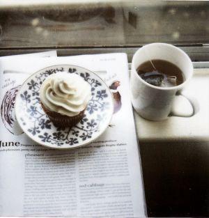cupcakes-lovely-magazines-precious-tea.jpg