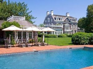 Worlds most expensive houses - poolhouses and tennis - ShingleHousePool_PattersonMaker.jpg