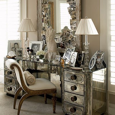 Stylish Home Mirrored Furniture