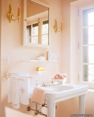 Splash of pink - Martha Stewart - Skylands on Mount Desert Island in Seal Harbor Maine.jpg