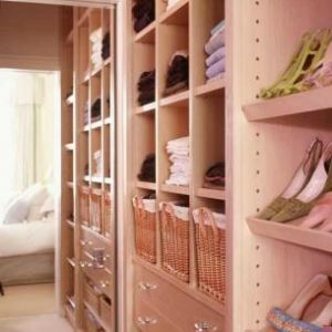 pink decorating ideas - myLusciousLife.com - Walk-in wardrobe.jpg