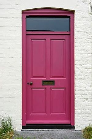 pink decorating ideas - myLusciousLife.com - pink_door.jpg