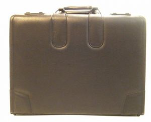 Bond Street Koskin Double Handle Sample Bag Overnight 6 Attache.jpg