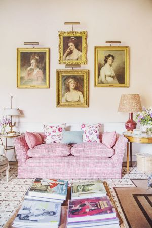 india hicks childhood home in england - the grove oxfordshire.jpg