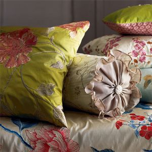 mylusciouslife.com -  floral furniture1.jpg