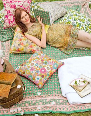 mylusciouslife.com - Floral-Dress-Quilt.jpg