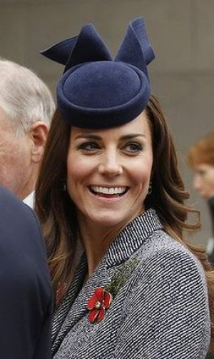 Royal style - Kate at the ANZAC Day ceremony - royal tour.JPG