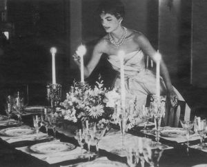 jackie-jacqueline-bouvier-kennedy-lighting-candle-dinner-party.jpg