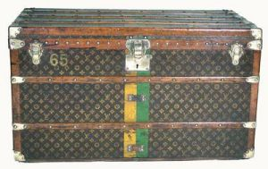 Vintage luggage - mylusciouslife.com - Louis Vuitton Steamer Trunk 1926.jpg