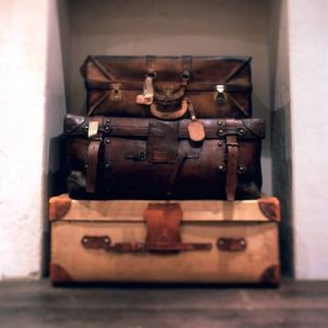 Vintage luggage - mylusciouslife.com - luscious luggage3.jpg