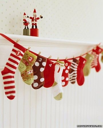 christmas stockings hanging - mylusciouslife.com.jpg