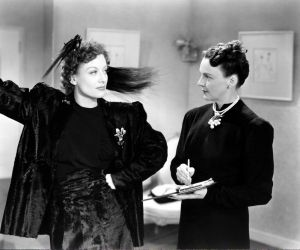 Joan-Crawford-in-The-Women-1939.jpg