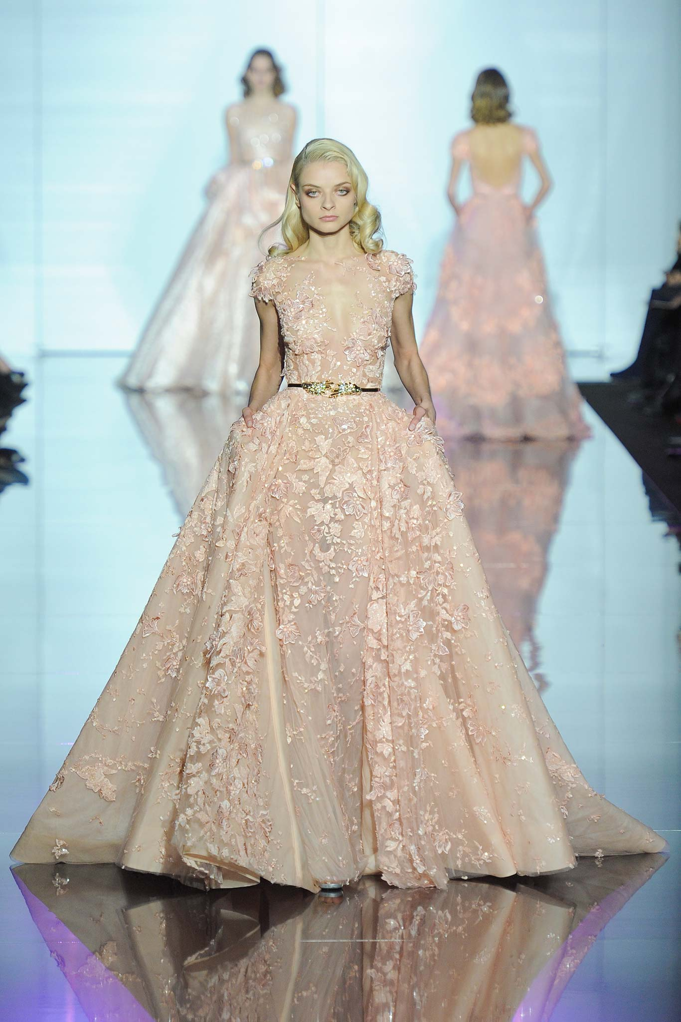 Runway Zuhair Murad Spring 2015 Couture Collection Indonesia